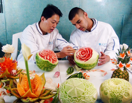 food carving instruction
